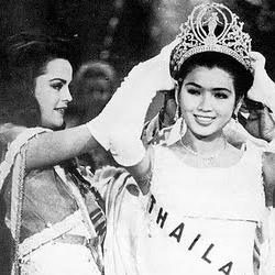 Apasra Hongsakula Miss Universe