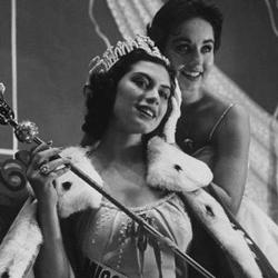 Gladys Zender Miss Universe 1957