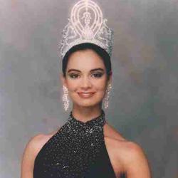 Lupita Jones Miss 1991