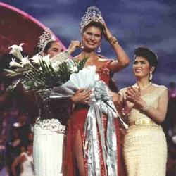 Michelle McLean Miss Universe