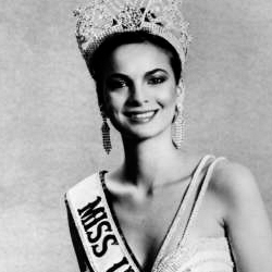 Maritza Sayalero Miss Universe